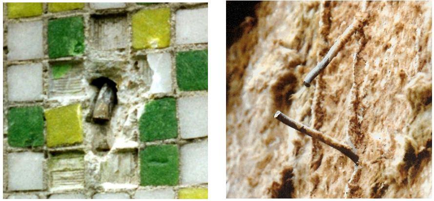 Rys. 9. Przykłady pęknięcia wieszaków stalowych warstwy fakturowej ścian zewnętrznych /źródło: M. Wójtowicz [8]/